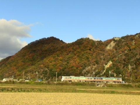 2010年11月/ 撮影場所:東觜崎-播磨新宮間揖保川鉄橋付近