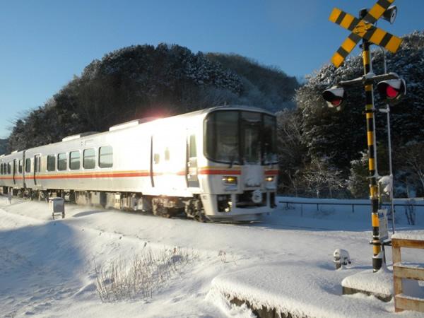 2011年1月/ 撮影場所:三日月駅付近